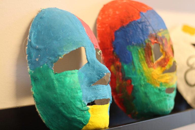 masker i flera färger